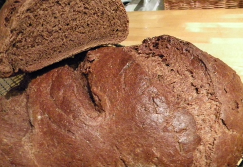 Pumpernickel Bread 018